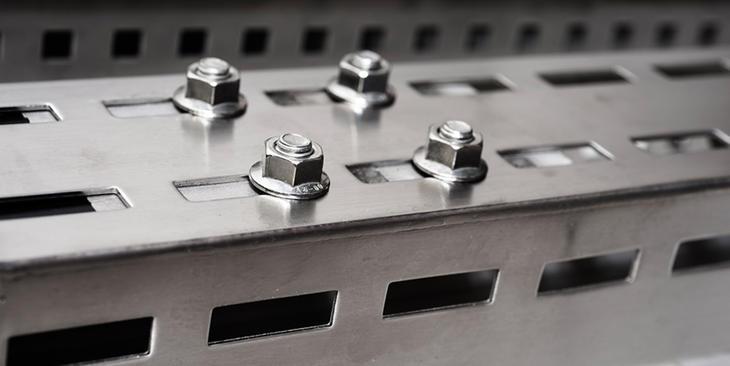 Anti vibration fasteners