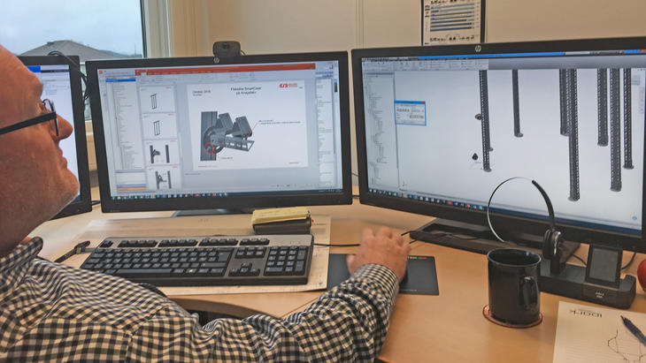 Designing support for a wind energy installation.